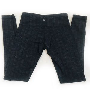 Lululemon full length workout pants 6 Gray plaid